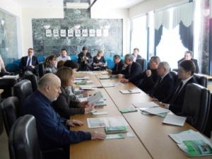 Общественность Мирнинского района одобрила планы компании