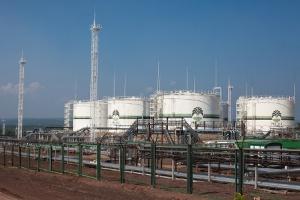 Иркутская нефтяная компания увеличила в2014 добычу нефти иконденсата натреть